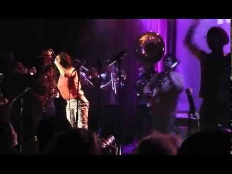 Owuor Arunga Seattle Soul Power at Neumos 2 - YouTube