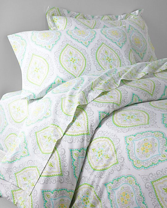 Lacy Medallion Sateen Bedding