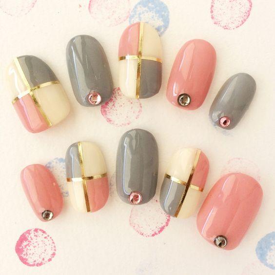 Pretty nail design using Gels ;):