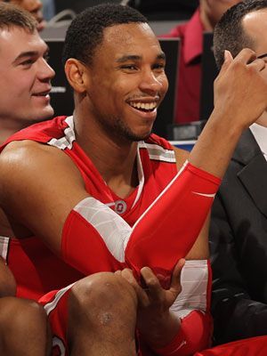 March Madness? More like March Hotness. Jared Sullinger, keep up the guns. #OhioState