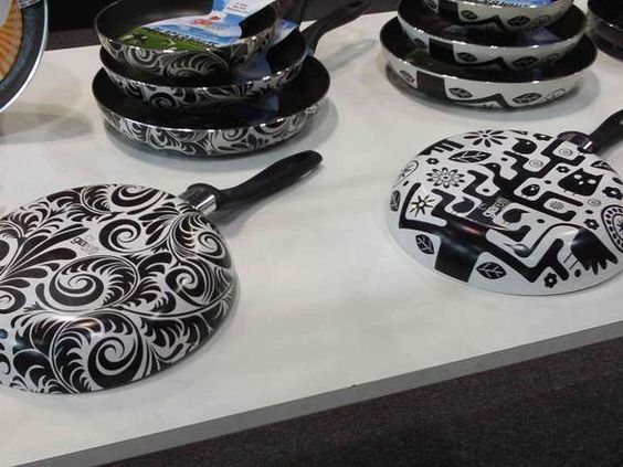 Giaretti Cookware Adds Color and Style to Wall Art #kitchen trendhunter.com