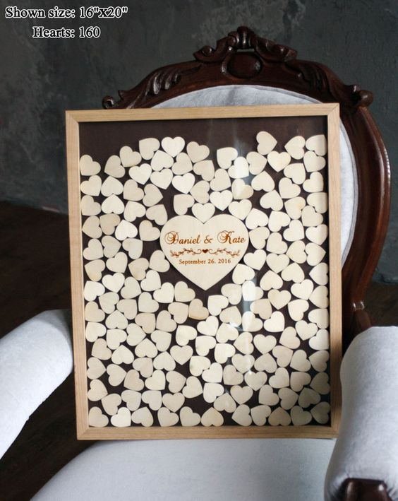 besonderes g stebuch mit herzen aus holz erinnerungen der hochzeit perfect wedding memories. Black Bedroom Furniture Sets. Home Design Ideas