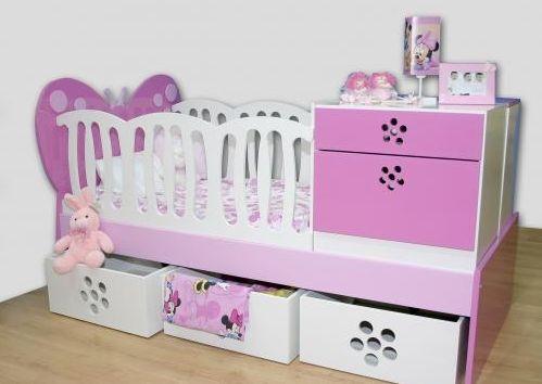 Foto hermosa cama cuna detallada con cabecera de mariposa for Mueble que se convierte en cama