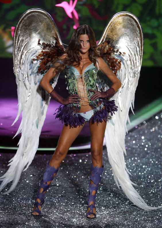 643add0bf05d99b6a7dd66f601bbc289 victoria secret party victoria secrets angel wings victoria series model runway show wings secret feather  at honlapkeszites.co