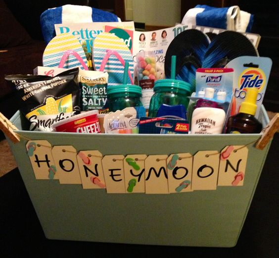 Honeymoon Gift Basket Feeling Crafty Pinterest