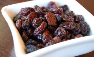 Cinnamon Raisin Smoothie - Use almond milk