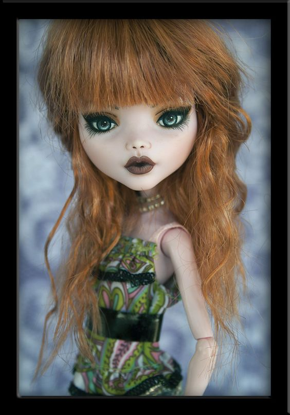Mischa - OOAK Custom Draculaura by IvyHeartDesigns on DeviantArt