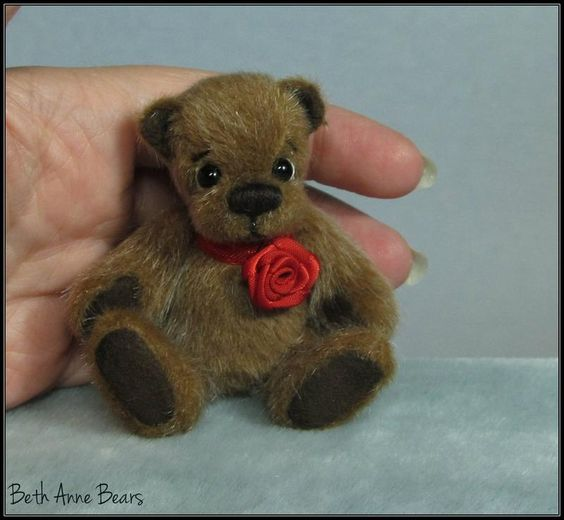 **Beth Franco Bears** Emerson is 2 5/8 inches sitting and 3 1/4 inches tall.