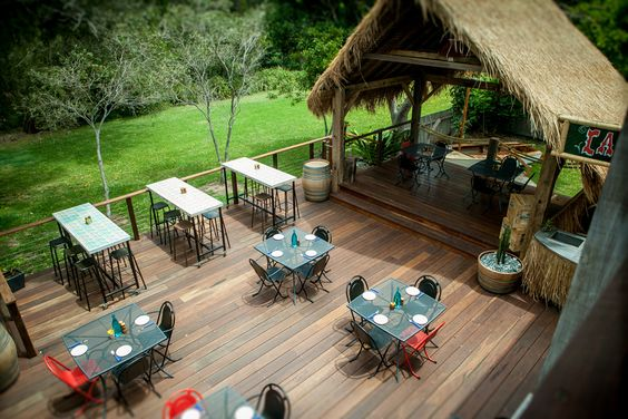 Alfresco dinning   Sea side setting    Find out more
