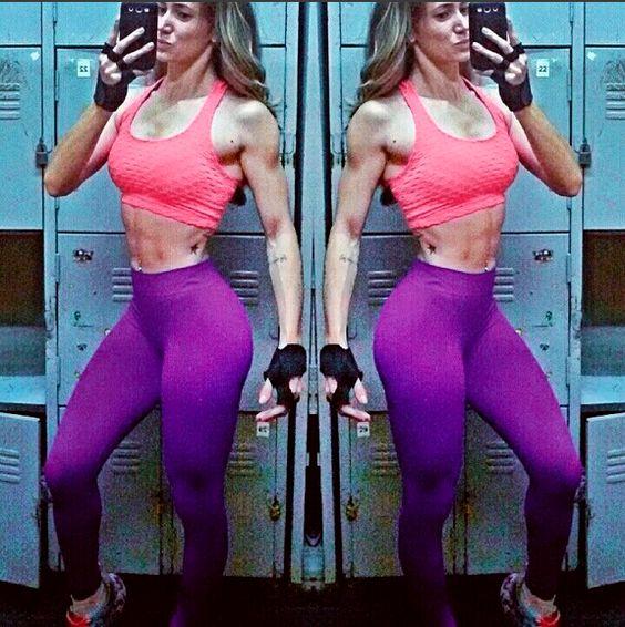 """""""Não se compare com os outros, apenas com a pessoa que você era ontem."""" Faça como a linda da @yonesatkevitch e vista Kaisan na hora de pegar pesado!    TOP: http://goo.gl/cHrk08 [Ref: F682]  www.kaisan.com.br"""