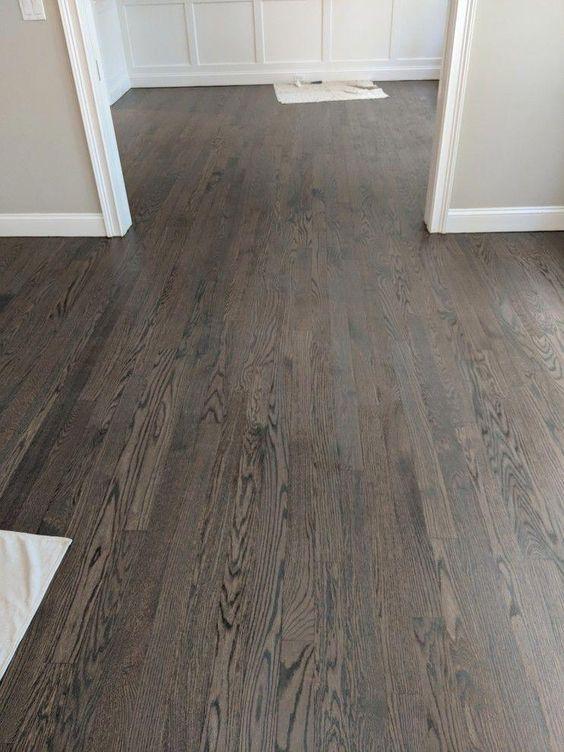 Choosing The Best Farmhouse Style Floor Stain Hammers N Hugs In 2020 Red Oak Floors Hardwood Floor Colors Wood Floor Colors