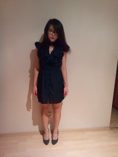 Navy dress + navy high heels = rainny day at work.