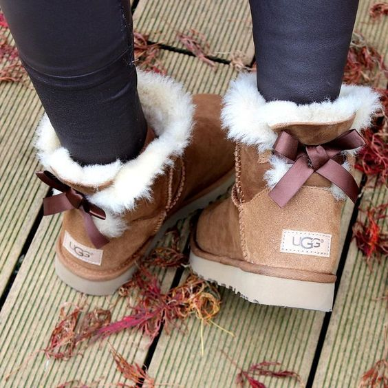 How to: UGG Boots richtig pflegen - FASHION UP YOUR LIFE - - #winteroutfits