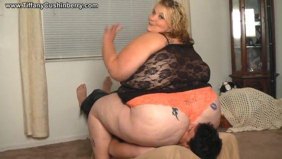 Ssbbw Lesbian Facesitting 18