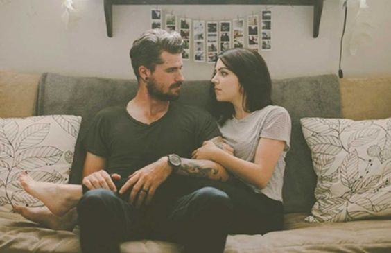 """Enamórate de alguien que te inspire. """"No solo que cumpla el rol social del novio sino un hombre que admires"""""""