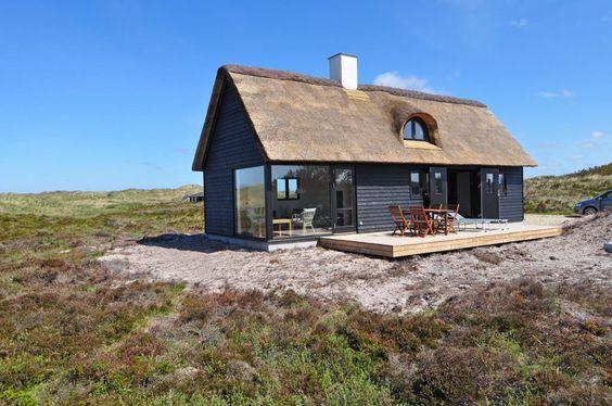 VL38: Top bewertetes, neues Ferienhaus in Dänemark für 4 Personen nah am Meer. Kaminofen. Haustiere nicht erlaubt. Ab 420 € pro Woche.