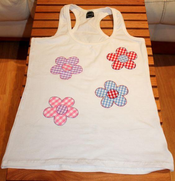 Camisetas decoradas y customizadas con tecnica patchwork for Aplicaciones decoradas