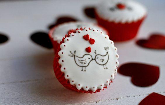 Con fondant por favor: Tutorial: Cupcakes San Valentin