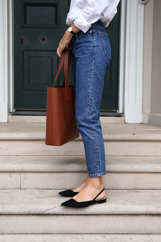 Everlane '90s Cheeky Straight Jean Review | Mademoiselle | A Minimalist Fashion Blog