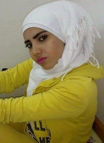 كندة 24 سنة من سوريا تعيش في مصر