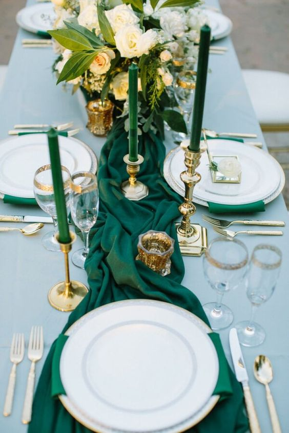 The Golden Girl | Simple & Beautiful Wedding Inspiration, table, reception, wedding reception, dinner, brunch, table settings, leaves, white