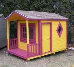 Pallets into playhouse
