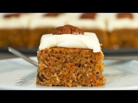 Easy Moist And Fluffy Carrot Cake With Pineapple Pecans And Cream Cheese Frosting Infused With Spices And Glaze Vegetarian Desserts Just Cakes Sweet Desserts Receta de torta zanahoria facil, rápida y económica. tarta de zanahorias con pina y pecanas