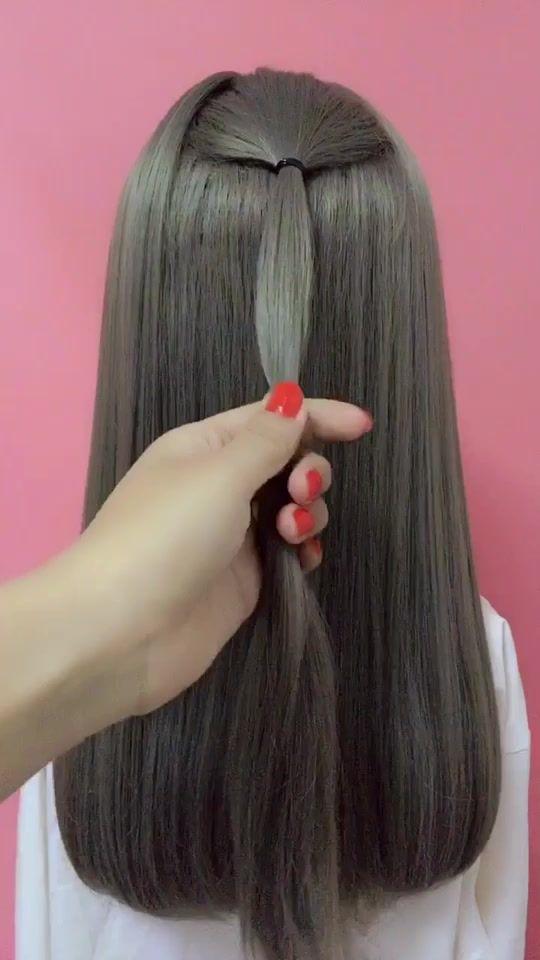 Hair Style Glistenhair On Tiktok Hairstyle Tutorial Hair Girls Be Pretty Medium Hair Styles Hair Styles Long Hair Styles