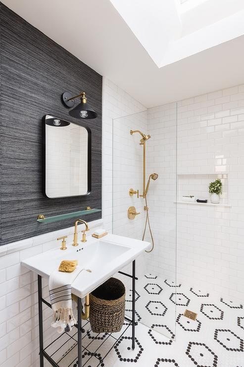 Alyssa Rosenheck Taylor Anne Interiors Black Grasscloth Wallpaper In A Bathroom Over Bottom Half White Subway A With Images Bathroom Style Bathroom Design Diy Bathroom