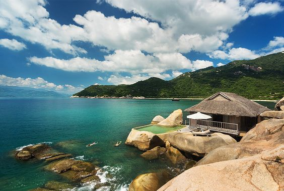 The World's Top 10 Hotels to Have on your Bucket List for 2014