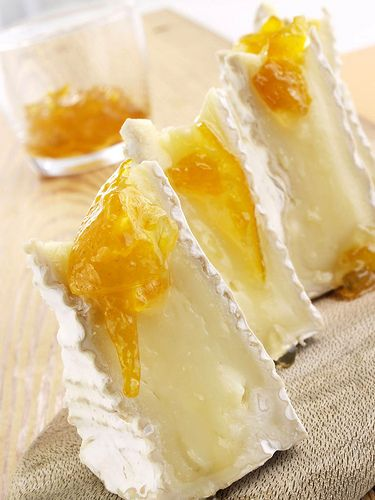 brie and apricot preserves