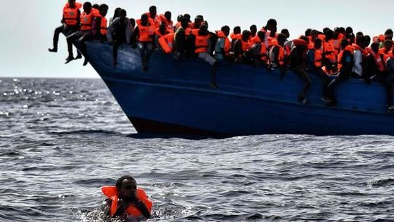 Italien 5600 Flüchtlinge im Mittelmeer gerettet - Krone.at
