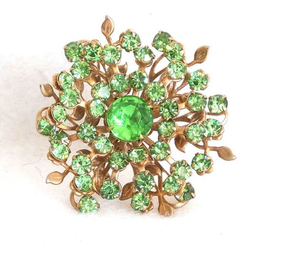 Vintage 1950s Green Flower Brooch by RebeccasVintageSalon on Etsy, $9.00