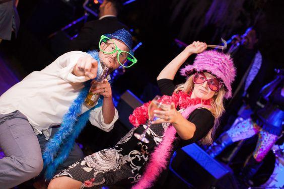 Jekyll Island Club Hotel Wedding | Fun reception photos, photo booth ideas