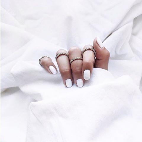 explorez bijou blanc et plus encore