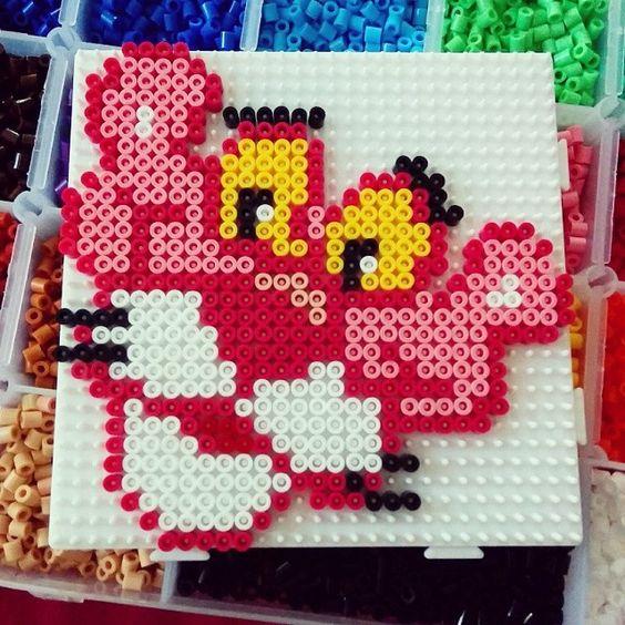 アイロンビーズのピンクパンサー