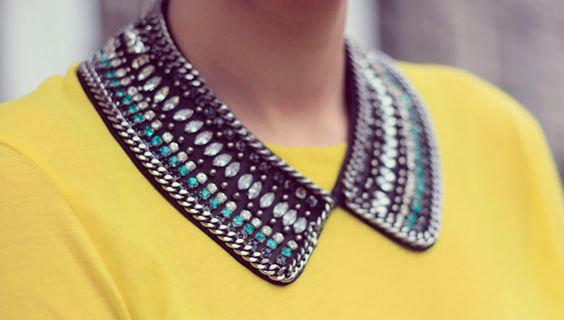 A collar necklace is such a cool way to update all your crewnecks.