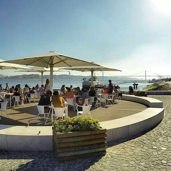 Ribeira das Naus - Lisboa live