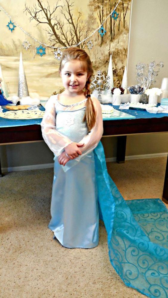 Frozen Elsa's dress! #Birthday #Frozen birthday party:
