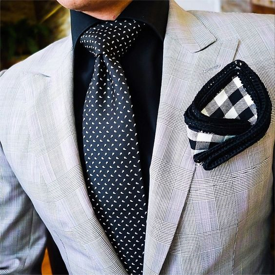 Dont like the pocket square but everything else is a nice combo: