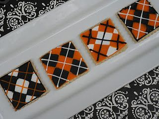 Argyle Cookies. Maybe I should have an argyle party for my next bday.