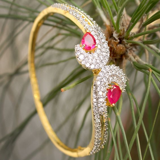 Farnaz Bangle by Indiatrend. Shop Now at WWW.INDIATRENDSHOP.COM
