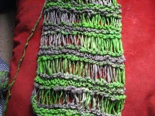 Drop Stitch Scarf tutorial #diy #crafts #scarf #drop_stitch #knitting #tutorial