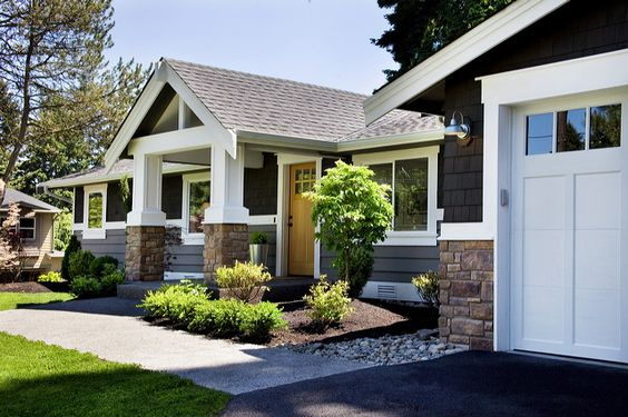 Exterior colors craftsman and house on pinterest for Garage portico