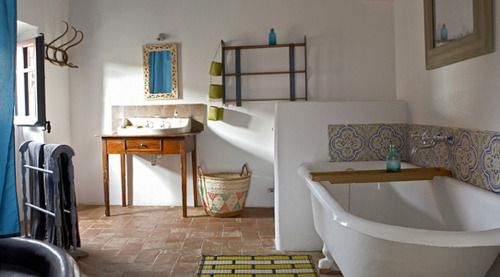 Frida Bathroom/ Casa Migda/ Spain  www.casamigdia.com