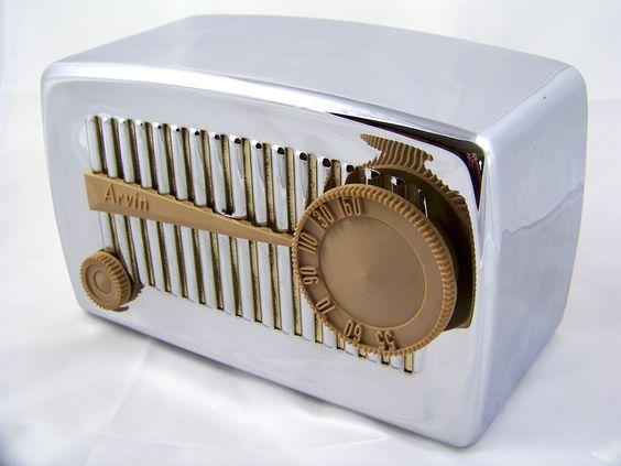 Arvin 840 Chromed tube radio