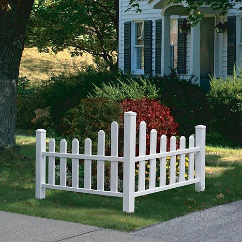 Corner picket fence landscape home traditional white for Front garden fence designs