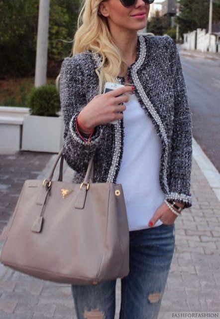 a tweed jacket casual style. Boucléjäckchen ganz alltagstauglich getragen