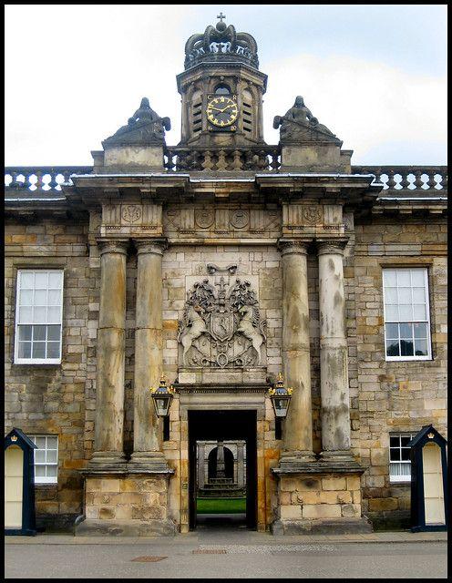 Palace of Holyroodhouse, Edinburgh - Entrance gateway | Flickr