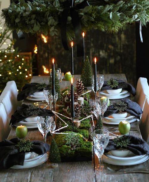 Christmas Eyeshadow Looks Xmas Table Decorations Festive Tables Christmas Table Settings